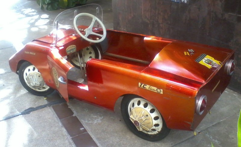 trueno naranja karting auto a pedal halcon 9500 0 elzahir. Black Bedroom Furniture Sets. Home Design Ideas
